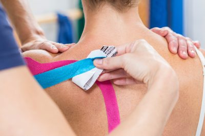 Kinesio-Tape-McKenzie-PhysioTeam-Vita-Cura